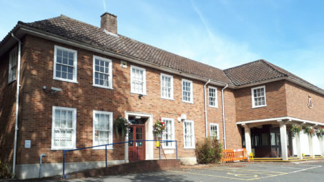 The former police station and court building at Southam